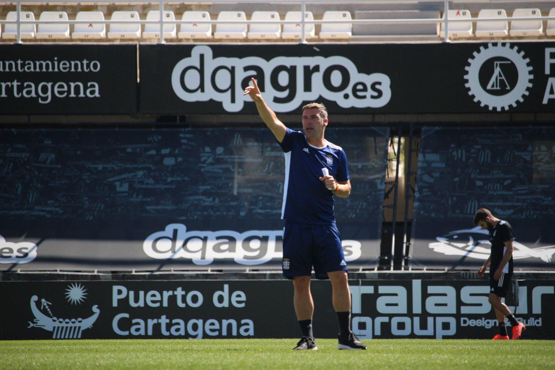 Luis Carrión