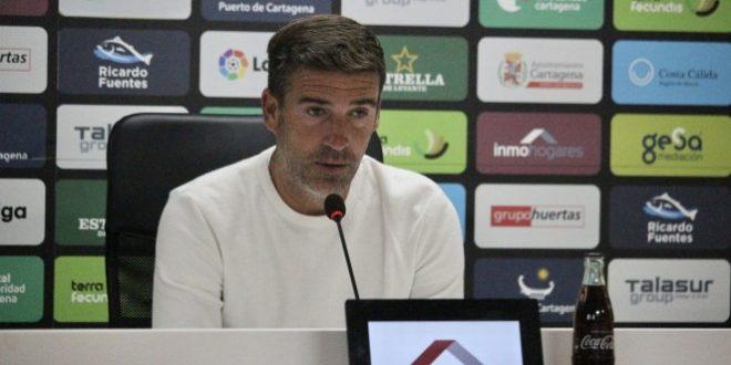 Carrión: «Ortuño es el jugador con el que más contento estoy. Aprovecha cada minuto, tiene mucha competencia pero es la forma de que un equipo sea un equipo»