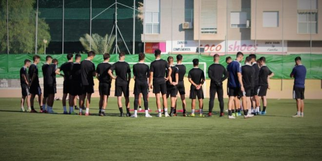 El FC Cartagena 'B' regresa a Ciudad Jardín para enfrentarse al Mazarrón FC, mientras que el Juvenil 'A' viajará a Valencia.